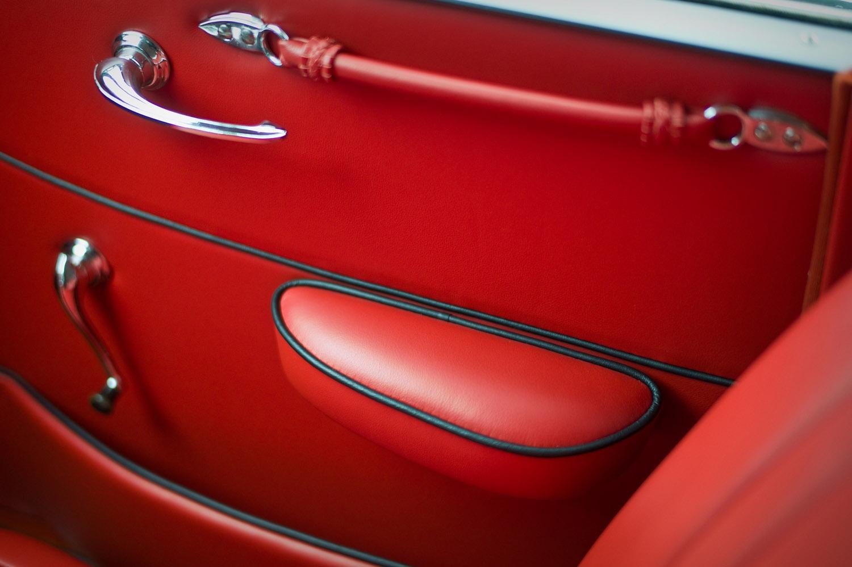 Innenverkleidungen für Fahrzeuge aus Leder